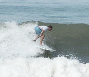 Miguel Osio Surfing
